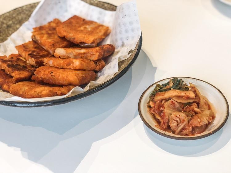what to eat in Seoul kimchi pancake